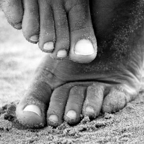 How to get soft feet with shea butter